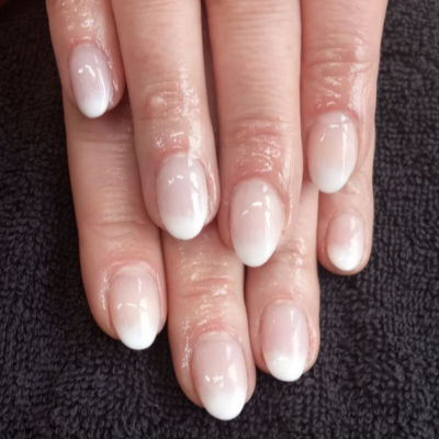 Kiara Sky Ombre Manicure in Polished Beauty, Skin & Laser Experts in Tallow in West Waterford - www.polishedtallow.ie